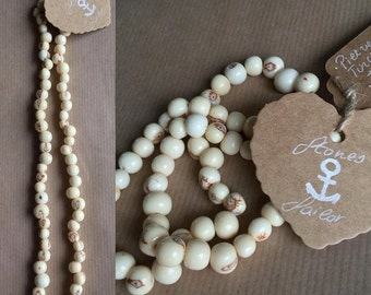 """Unisex long necklace in natural seeds """"Acai"""""""