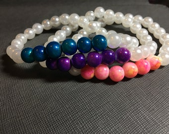 Pearl Bracelet with Colored Beads