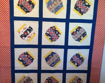 Chinese Lanterns 'Antique' Twin/ Throw or Wallhanging Quilt