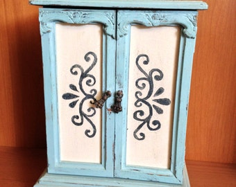 Shabby Chic blue jewelry box