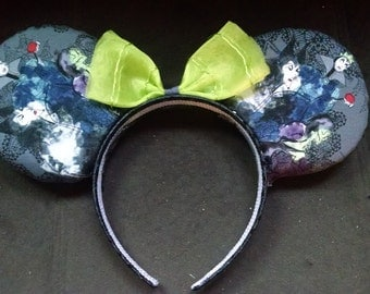 Large Villians Minnie Ears feat. Maleficent, Cruella and Wicked Queen