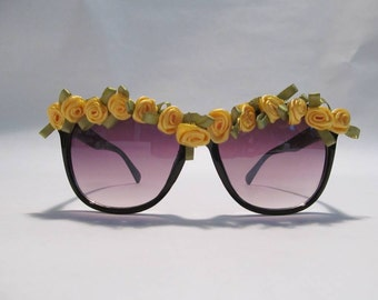 Embellished Sunglasses (Black frames with yellow roses)
