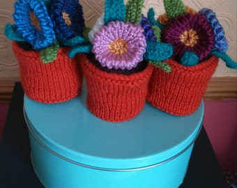 hand made knitted flower pots