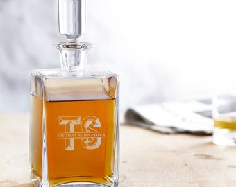 Engraved Whisky Decanter – Whisky Carafe - Personalised with Name and Initials - Christmas Gift