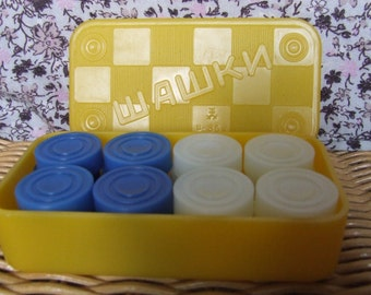Vintage checkers game. Soviet checkers game. Plastic checkers game full set.