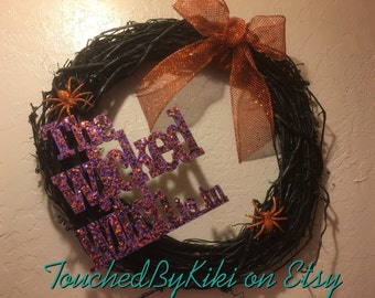 """18"""" Halloween Grapevine Wreath """"The Wicked Witch is in"""", *Grapevine Wreath, *Orange and Black Wreath, *Home Decor, *Holiday Decor,"""
