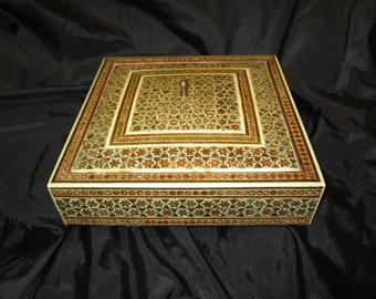 Vintage Anglo Indian Mosaic Inlaid Large Jewelry Box Early 20th Century.