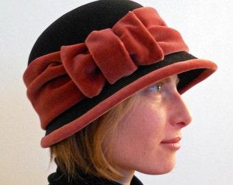 Black felt hat with pink Velvet
