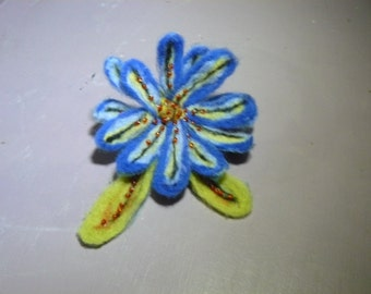 large flower blue camaieu