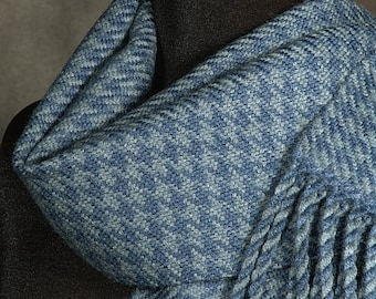 Houndstooth scarf / Handwoven merino wool winter scarf / blue grey scarf