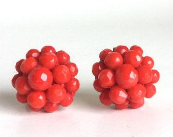 Vintage Bright Red Bead Cluster Earrings with Screw Backs - Circle Dome of Faceted Glass Beads - 50s Jewelry, Tomato Red Pop of Color - Coro