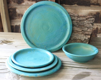 Handmade stoneware Plate Set five pieces in Turquoise
