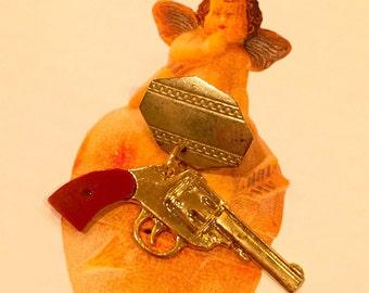 1pc VINTAGE PISTOL BROOCH Golden Red Grip