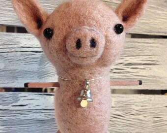 Cinnamon the Needle Felted Pig