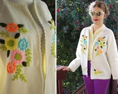 Sunflowers + DAISIES 1960's 70's Vintage Cream White Acrylic Knit Cardigan Sweater w/ Colorful Embroidery // by SEARS // size Large XL