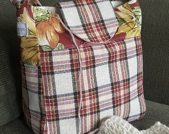 "Knitting Bag, Medium tote, small bag, plaid handbag, Yarn Dispenser, Project bag, 11"" x 9.5"" x 6"", purse, bag, organizer, storage, crochet"