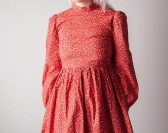 angel eyes red cotton floral ditsy print dress / empire waist dress / puff sleeve mini dress / xs / 1623d