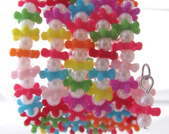 Tween Bracelet Plastic Bracelet Bright Colors Bracelet Small Bracelet Memory Wire Bracelet Gift Idea Tweens Gift Idea for Girlfriends