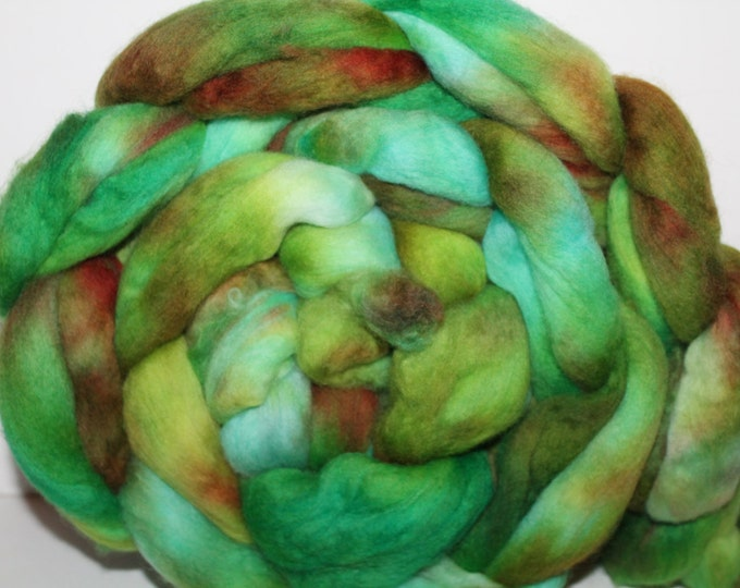 Kette Dyed Polwarth wool top. Roving. Spin. Felt. Super Soft. 1lb. FREE SHIP #P19