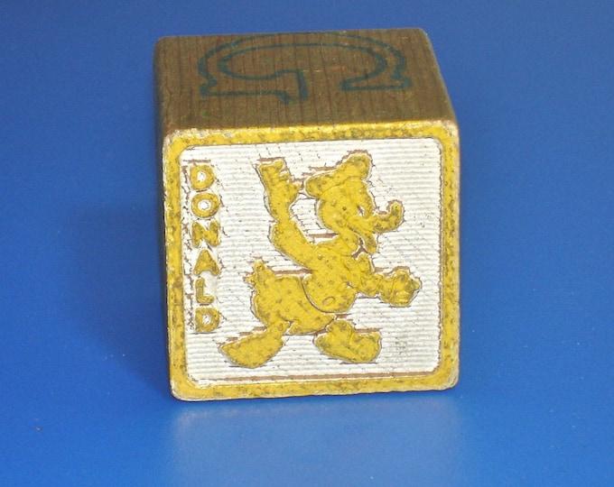 Vintage 1960s Donald Duck Disney Wood Block Letter B