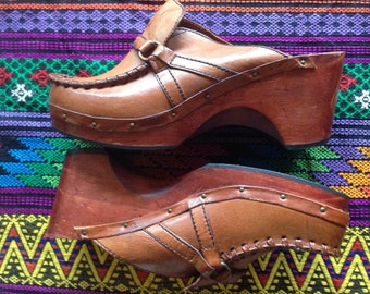 Vtg Wood Leather Heeled Clogs || Brazilian Made