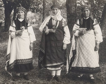 vintage photo National Costumes Bride Latvia Riga European Women