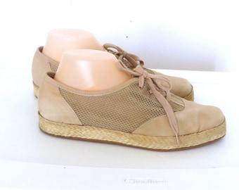 Easy Spirit 80's Sneakers, Sz 10B ,Tan Canvas Shoes  Deck Shoes