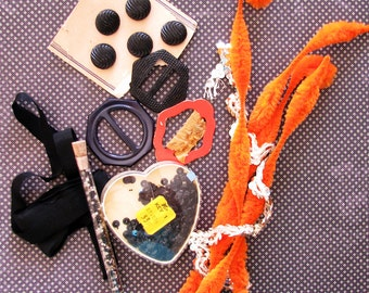 Spooky Hollow Craft Guild..Vintage Buttons, Chenille Stems, & Other Goodies