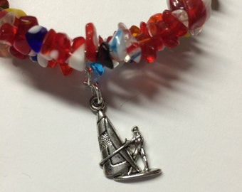 Red glass chip bead memory wire bracelet - Sailboat Charm
