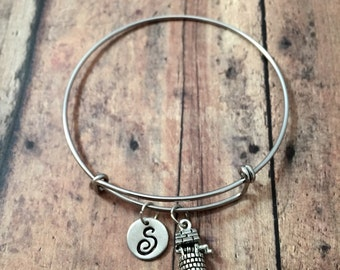 Wishing well initial bangle - wishing well jewelry, storybook jewelry, fairy tale jewelry, well jewelry, silver wishing well bangle