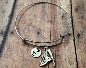 Hiking boots initial bangle - hiking jewelry, travel jewelry, hiker bracelet, camping bangle, summer camp bangle, gift for camp counselor