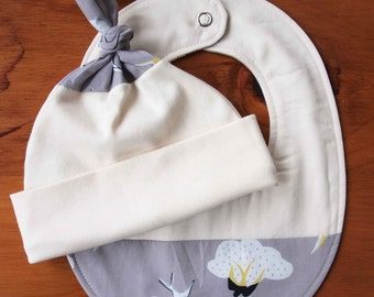 Organic Baby Hat and Bib Gift Set in SWOOP; Grey with Birds and Clouds, Swallows Newborn Baby Cap and Drool Bib Gift Set