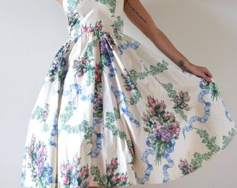 SUMMER SALE / 20% off Vintage 90s does 50s Floral Print Polished Cotton New Look Halter Back Sun Dress (size xs, small)