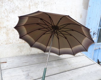 Vintage Antique 1900 French green gradient rain umbrella parasol with leather handle