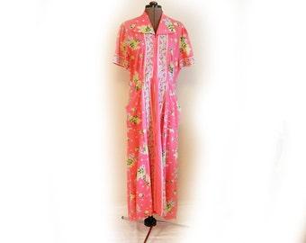 Vintage 40s House Dress, Lounger, Hostess, Big Collar, Front Pockets, Long Front Zipper, Seer Sucker, Mid-Century, Cotton Floral, Casual