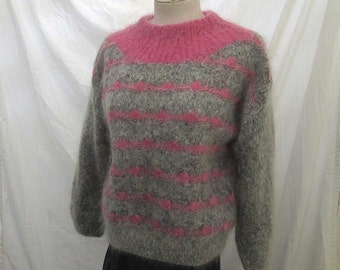 Pink and Gray 50s vintage Sweater Pink Angora Gray Wool 50s Vintage Pullover sweater 50s hand knit sweater M