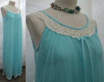 Miss Elaine Babydoll Nightgown Turquoise blue Vintage 70s Lace chiffon nightgown S M
