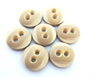 6 Vintage buttons gentle color with white 15mm, high quality