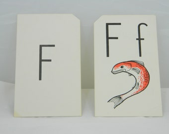 F is for Fish---Set of 2 Vintage Flash Cards