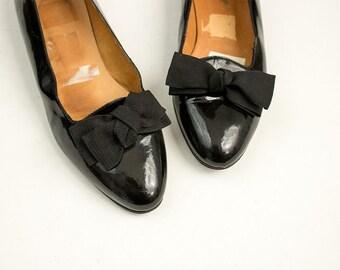 90s Vintage Ralph Lauren Black Patent Leather Grosgrain Ribbon Bow Flats / Size Us 6
