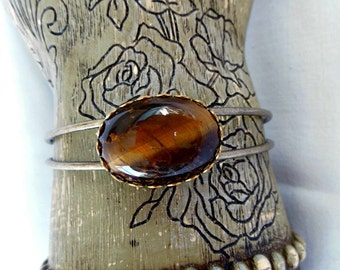 Tiger Eye Cabochon Bracelet