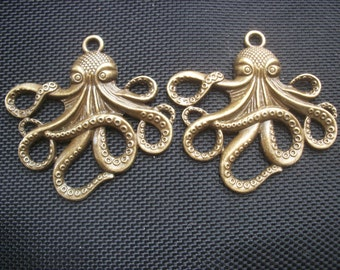 2 Cthulhu Octopus Pendants Antiqued Bronze Tone