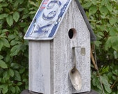 Rustic Birdhouse - Primitive Birdhouse - License Plate Birdhouse