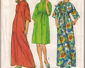 1973 Simplicity 6048 Caftan Robe Cover Up Sewing Pattern Vintage Size Small House Coat UNCUT