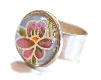 Glass Dome Ring: Purple Pansy - Adjustable Silver Ring, Flower Ring