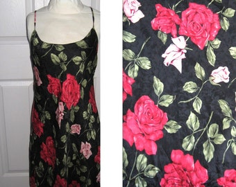 red roses nightgown . silk nightgown . roses silk nightgown