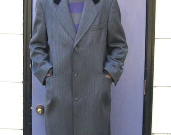Herringbone Wool Coat . herringbone coat .  Wool Coat with Velvet Collar . Gentleman's Velvet Collar Coat . velvet collar