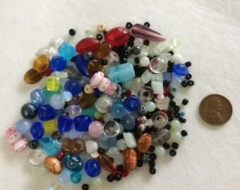 Mixed bag of loose beads H1