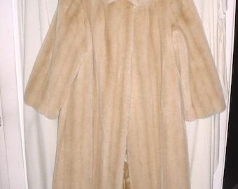 Vintage 60s Beige Tissavel Faux Fur Beige Swing Coat M