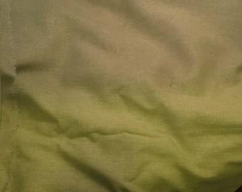 100% LINEN Fabric - APPLE GREEN - 1/4 Yard